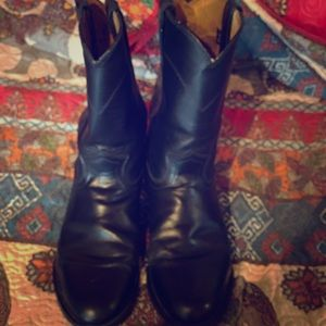 Black Justin leather boots